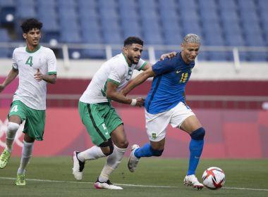 Brasil vence a Arábia Saudita e se classifica em primeiro no Grupo D