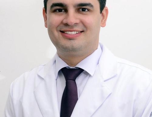 MAIO VERDE: O Cartaz entrevista o médico oftalmologista Epitácio Neto para falar sobre Glaucoma