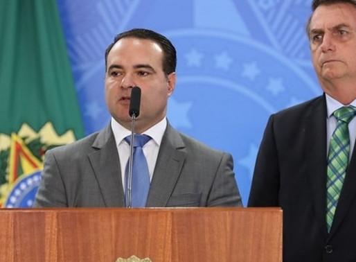 Bolsonaro escolhe ministro Jorge Oliveira para indicar ao TCU