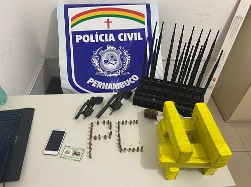 Polícia Civil de Pernambuco prende homem acusado de tráfico de drogas e assalto a carro forte
