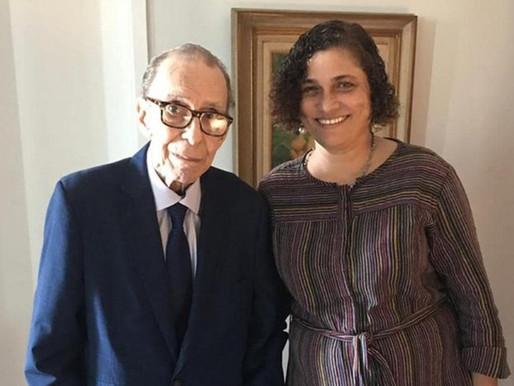 Viúva de João Gilberto é despejada do apartamento no Rio de Janeiro