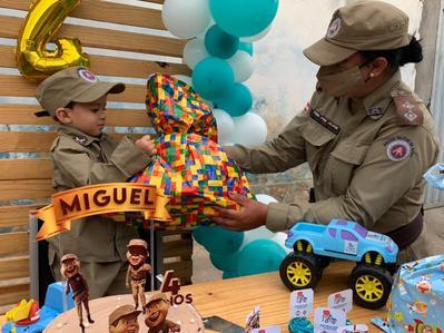 PM promove aniversário de criança em Vitória da Conquista