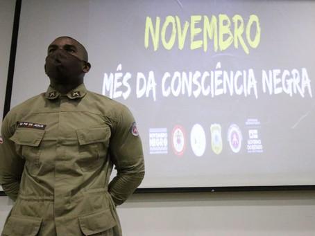 'Novembro Negro' é iniciado com debate sobre pós-escravidão