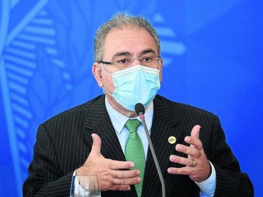 Intervalo da Pfizer será reduzido só após todos os adultos tomarem 1ª dose, diz ministro