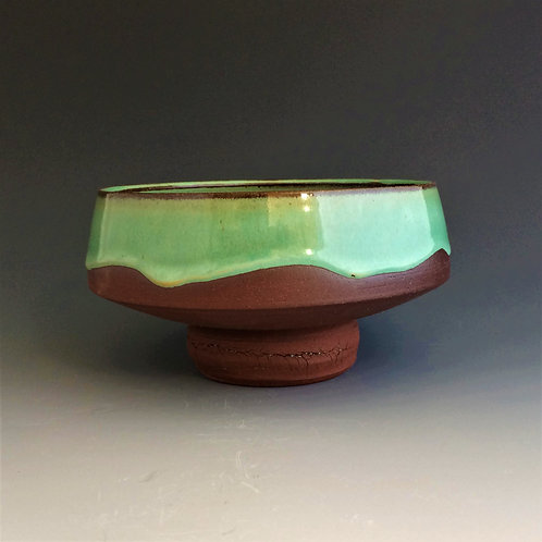 Bowl with a raised base