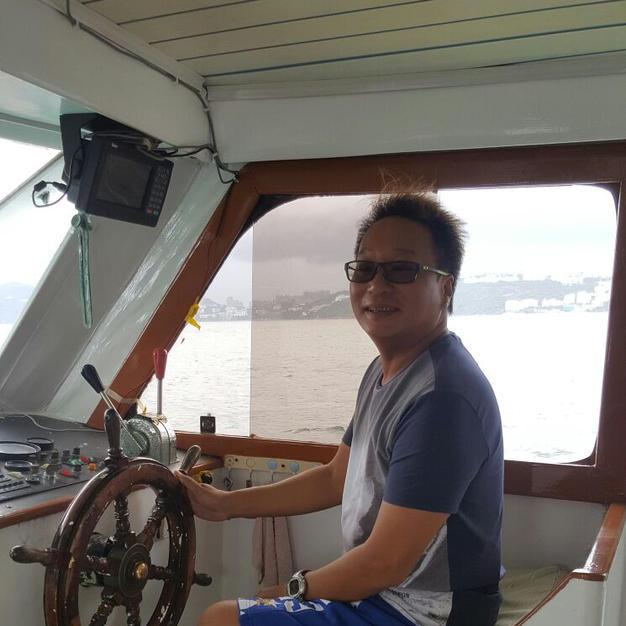 Captain Fu (國樑船長) 