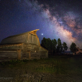 Moulton Barn Milky Way