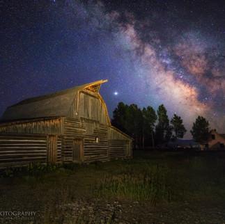 Moulton Barn Milky Way