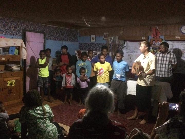 BSN_team_children_Yanuya_Mamanucas_Aug20