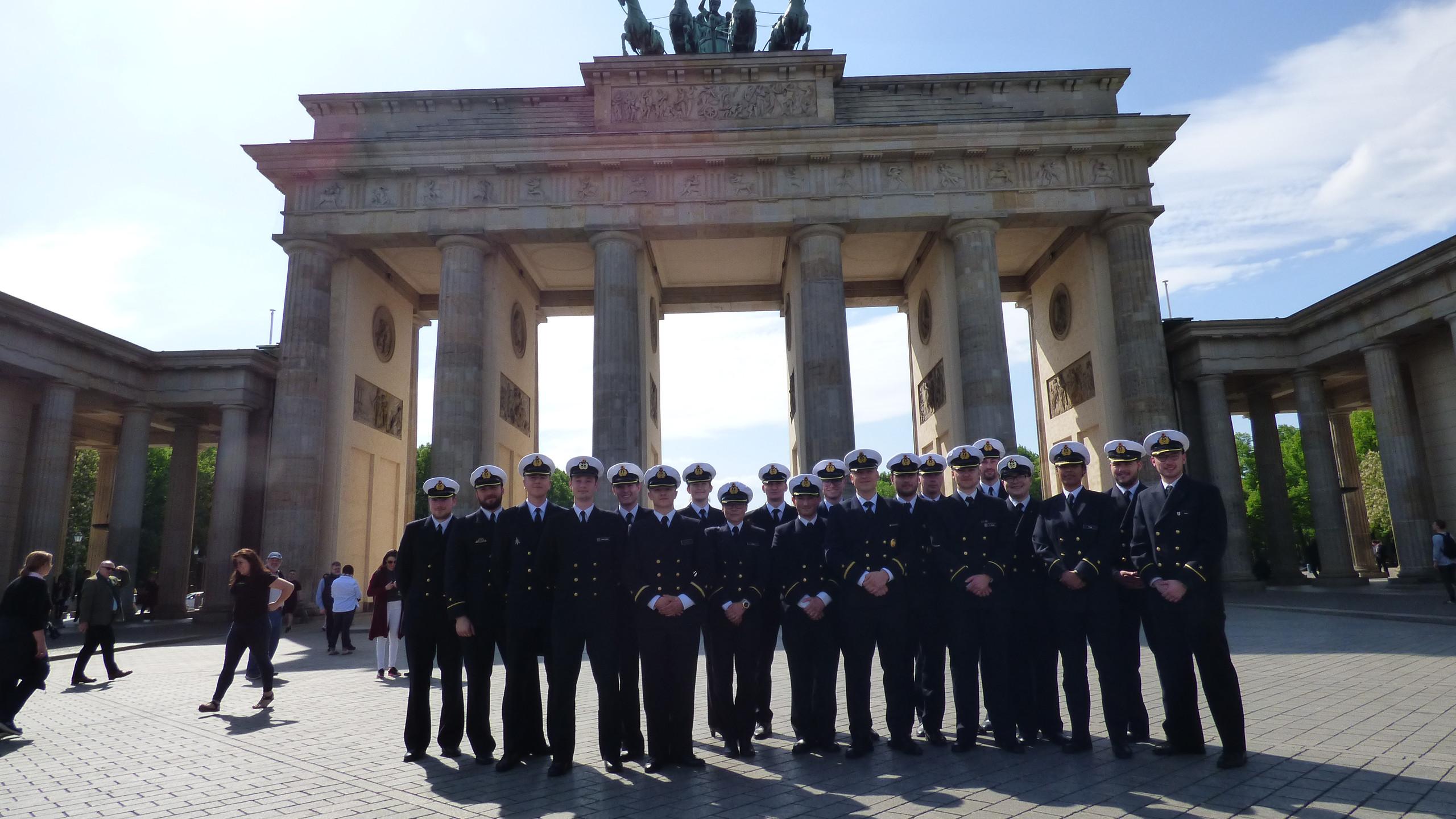 SOB vor dem Brandenburger Tor