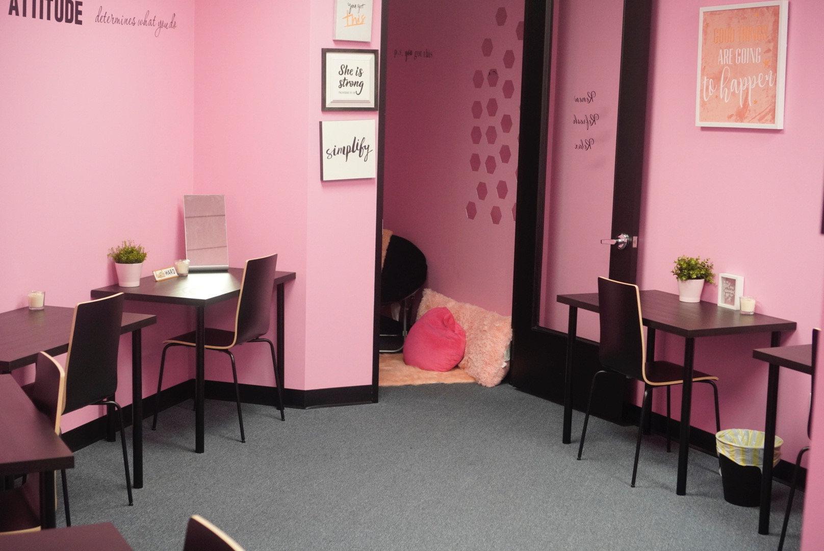 Desk Space Room Rental HTX