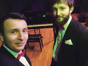 Dąbrowa Górnicza, Koncert Dombrova Piano Duo w Sali Teatralnej w Pałacu Kultury Zagłębia.