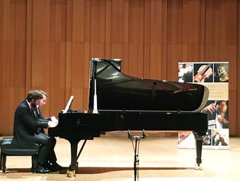 Sosnowiec, Koncert Dombrova Piano Duo w Sali Koncertowej przy szkole muzycznej.