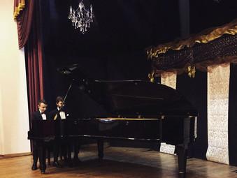 Katowice, Koncert Dombrova Piano Duo w Dworku pod Lipami.