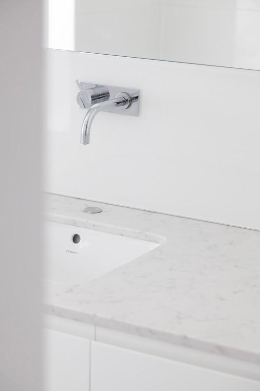 l-ame-du-bois-meuble_salle_de_bain_sur_mesure.