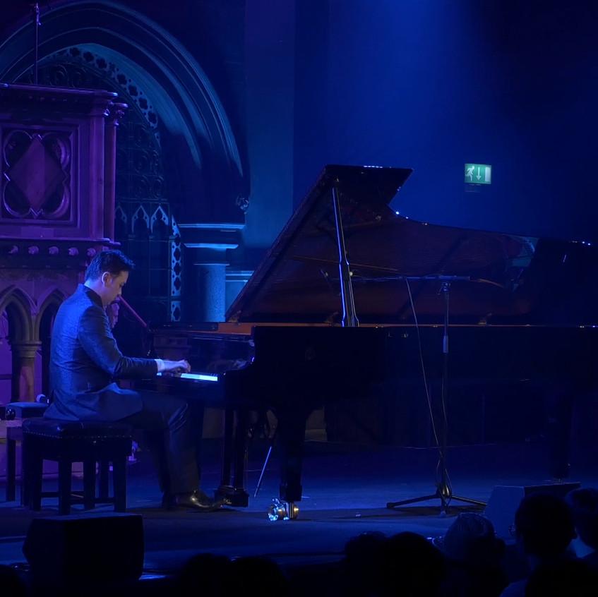 Animenz_playing_Steinway_piano_Union_Chapel_London