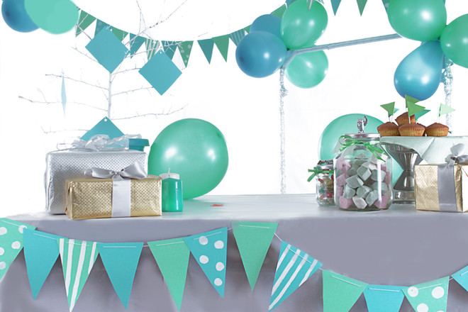 Blue and green colored birthday party ta