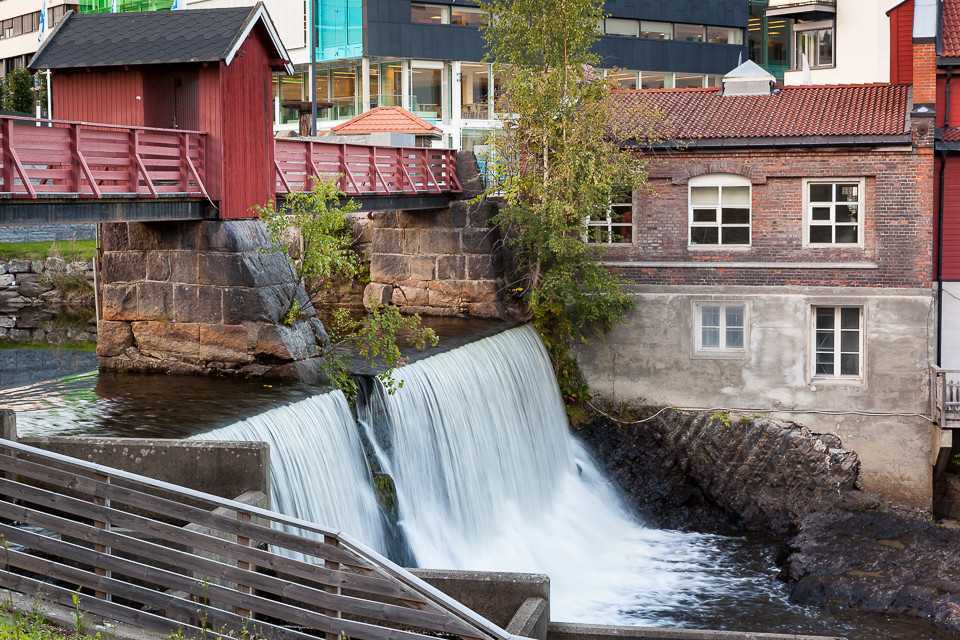 Gammelt industriområde i Lysakerelven