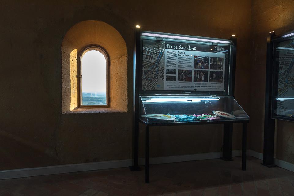 Museum på innsiden av borgen i Bañeres