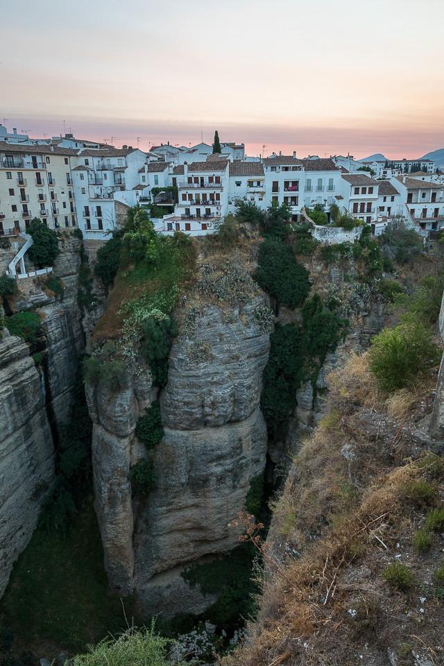 Den gamle bydelen av Ronda henger på kanten av klippen