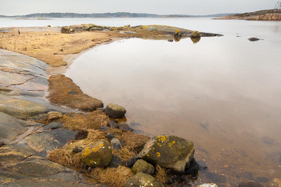 Liten strand på Nøtholmen