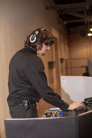 Steam-Plant-Battle-of-the-bartenders-DJ-