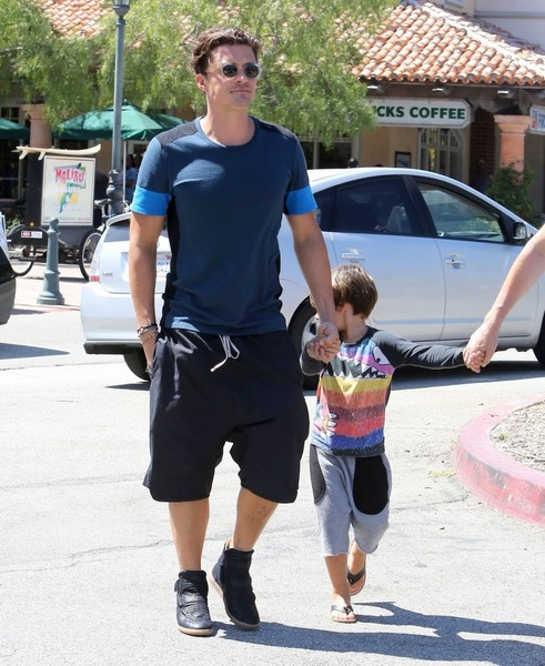 Orlando Bloom & Son Flynn Bloom