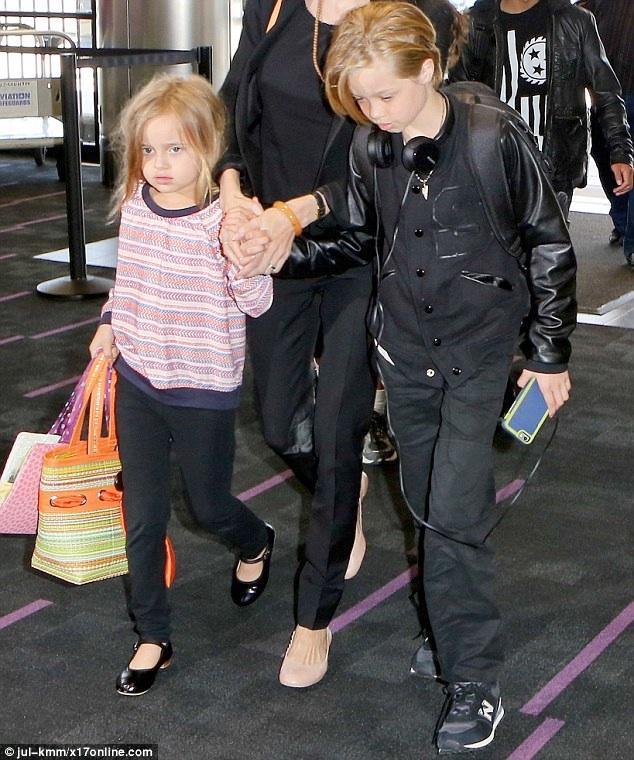 Shiloh Jolie Pitt, Vivienne Pitt