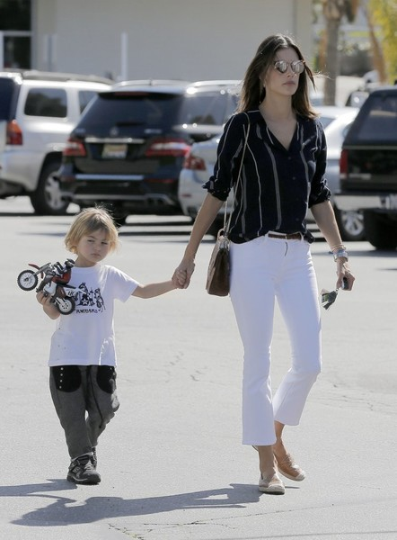 Alessandra and son Noah Phoenix