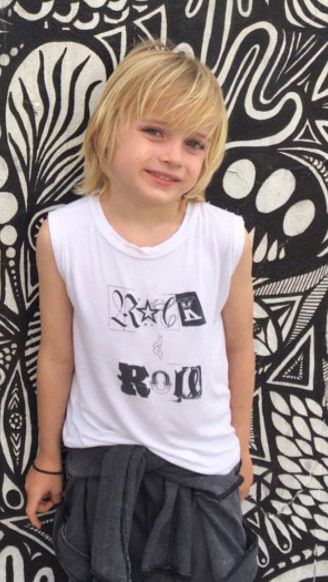 Naomi Watts son Samuel Kai Schreiber
