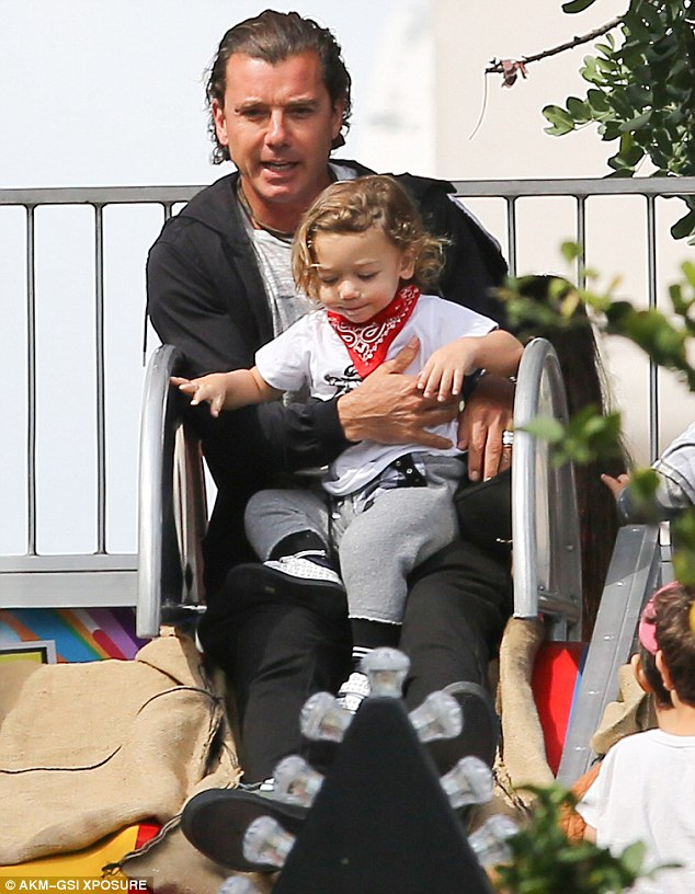 Apollo Rossdale with dad Gavin