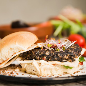 Hambúrguer de berinjela e castanhas