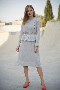 שמלת ונציה אפורה