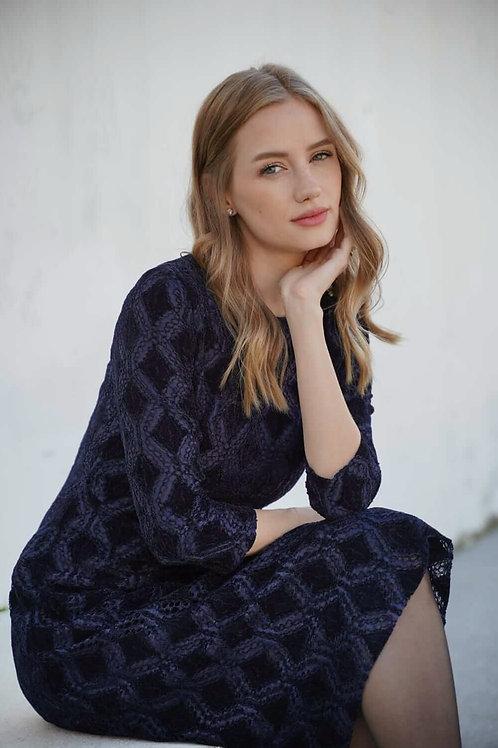 שמלת תחרה כחולה בשילוב קטיפה