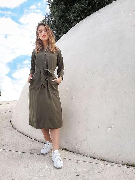שמלה בצבע חאקי עם קשירה