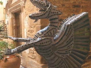 DRAGON Gardien du Temple au Musée de Cordes sur Ciel (Tarn) FRANCE