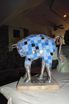 2018.109.Petit taureau bleu P1040748.jpg