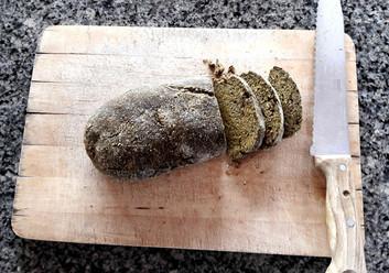 vorgetrocknetes Brot