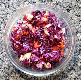 Bunter Salat mit Rotkraut