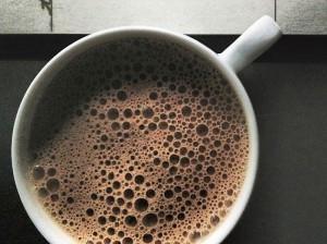 Zen-hot chic choc – Superfood Hot Chocolate With Coconut Oil, Maca + Turmeric