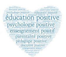 Les phrases à dire à votre enfant pour développer son empathie et son intelligence émotionnelle.