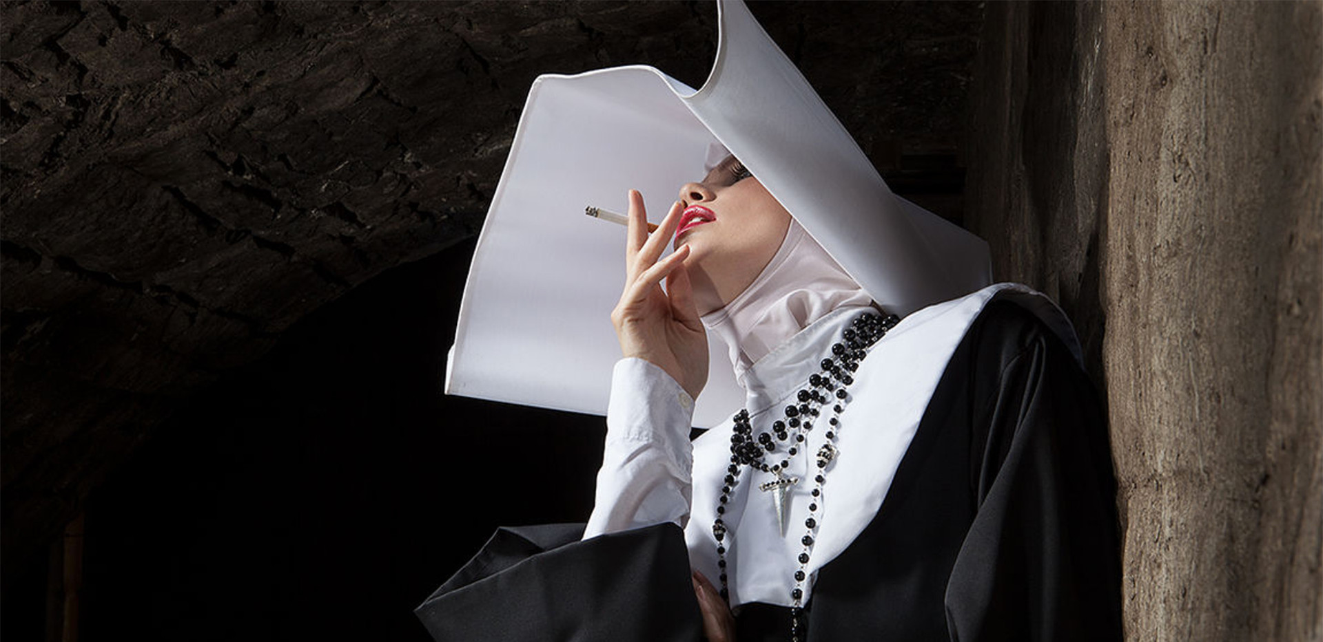 SMOKING NUN 2