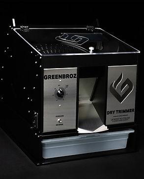 Model-M-Dry-Trimmer-Hero-1000x1000-Final