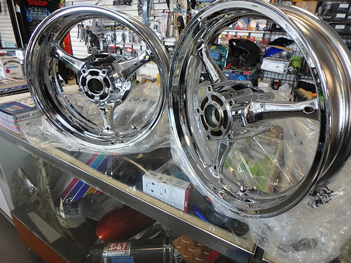 SUZUKI GSXR 1000 CHROME WHEELS 2005 - 2008