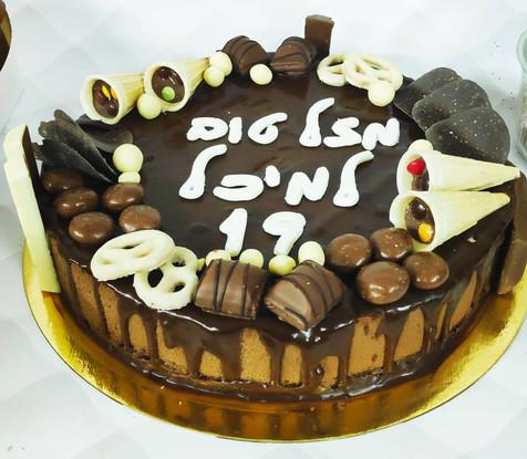 מוס שוקולד ושוקולדים