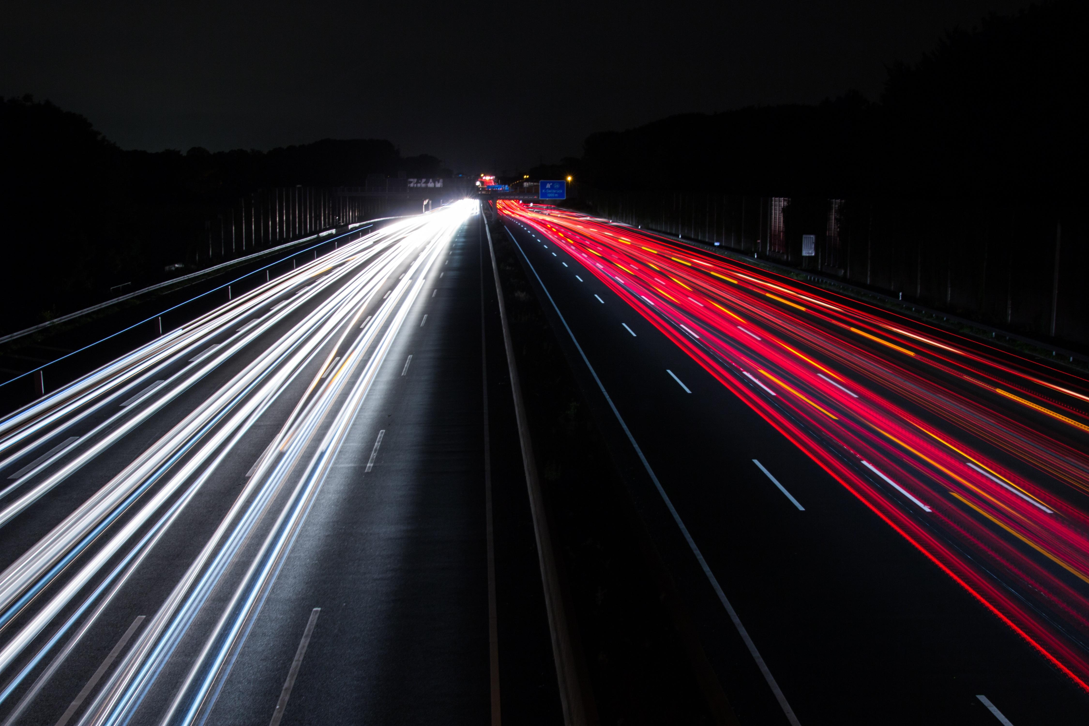 traffic-2007990.jpg