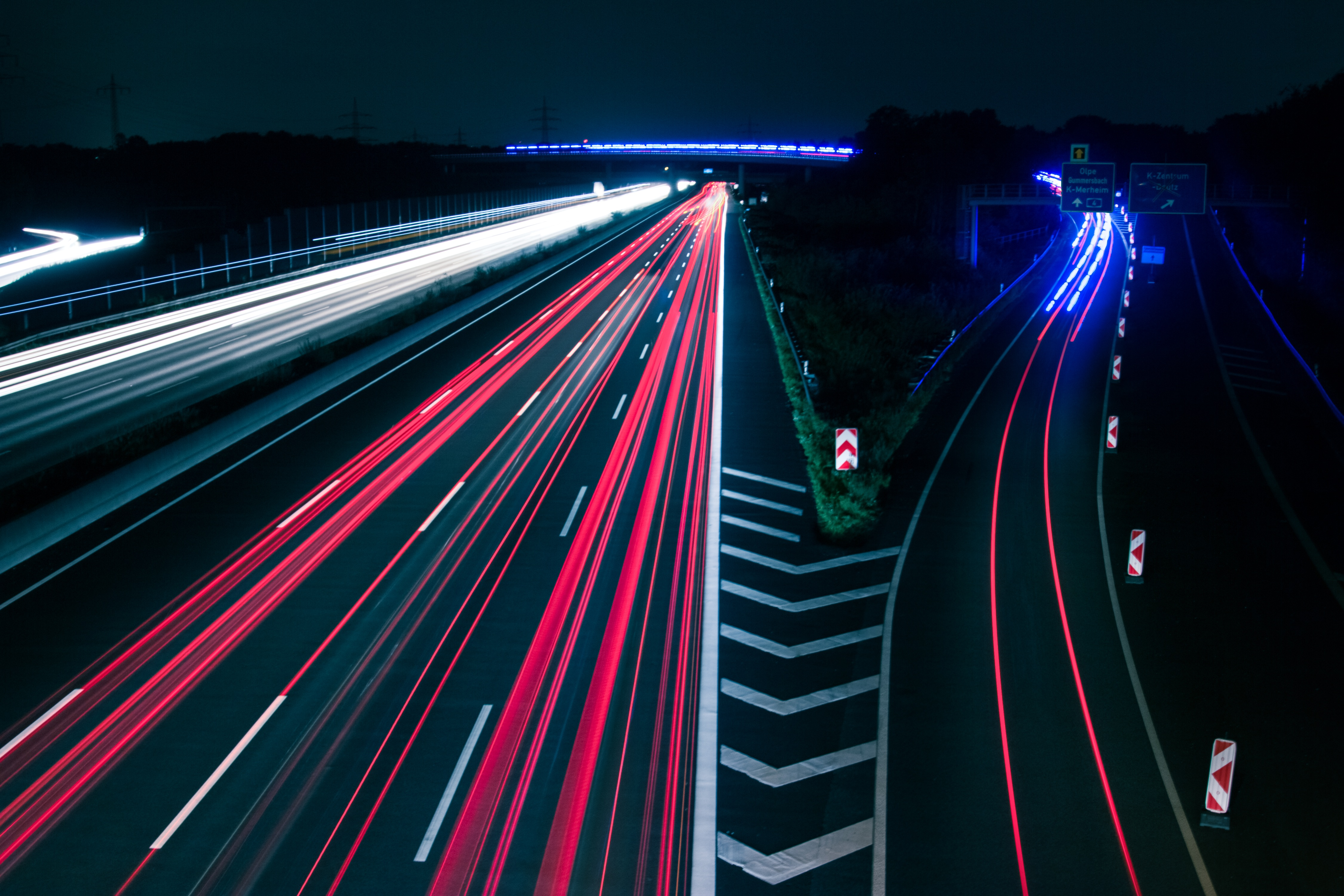 traffic-2007979.jpg