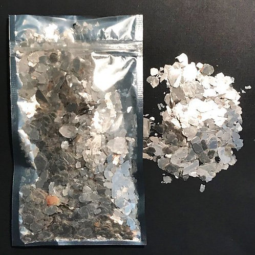 "Platinum Pearl -""Medium size"" Natural Mica Minerals 28 gram"