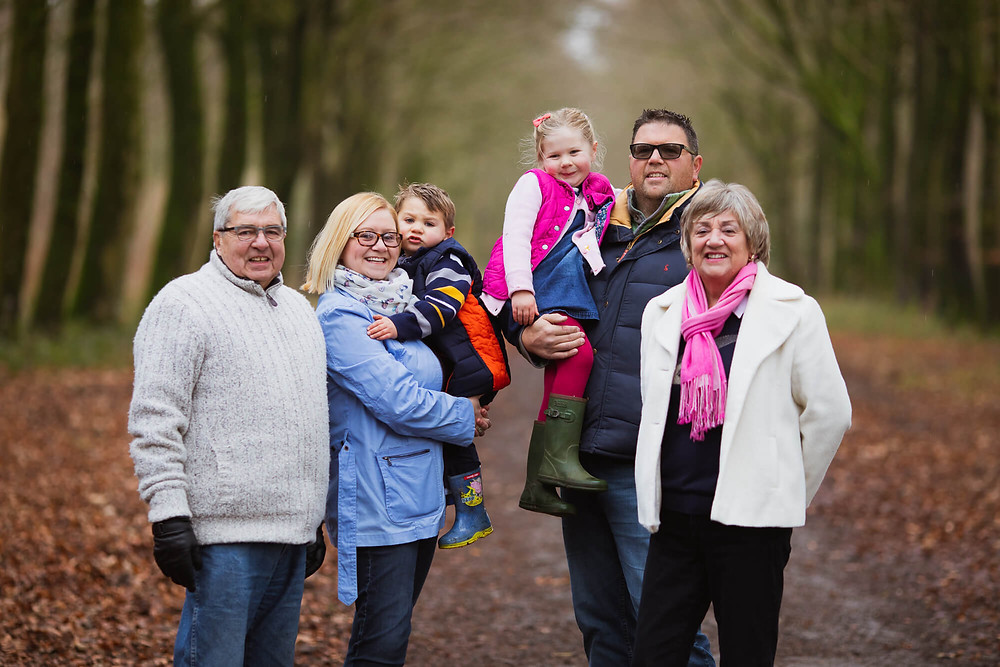 Family photographer in Salisbury, Wiltshire, black and white, leaves