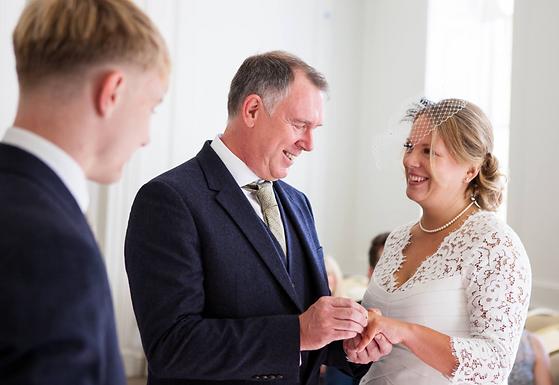 Salisbury_Registry_Office_wedding.png